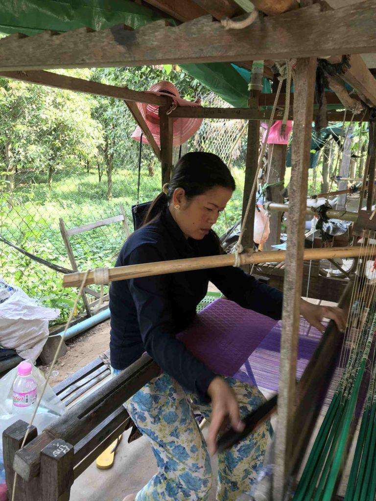 Silk island : tissage de la soie