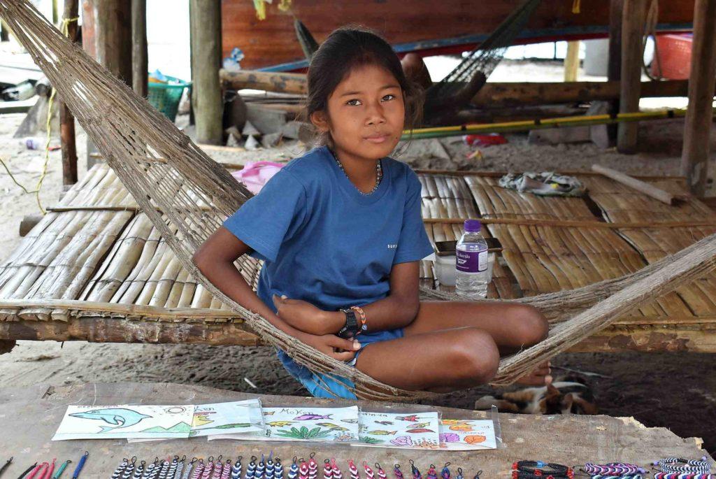 Petite fille Moken - Thaïlande