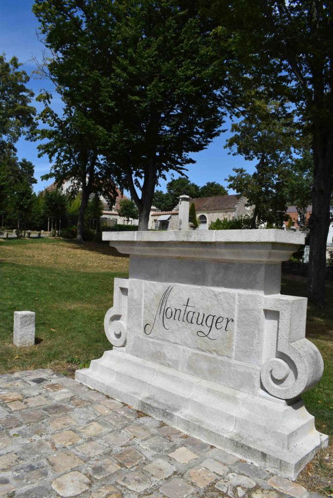 Entrée du Domaine de Montauger